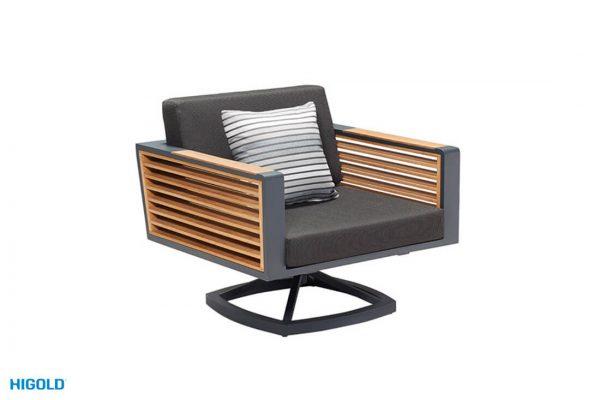 כיסא נדנדה ניו יורק רקע לבן